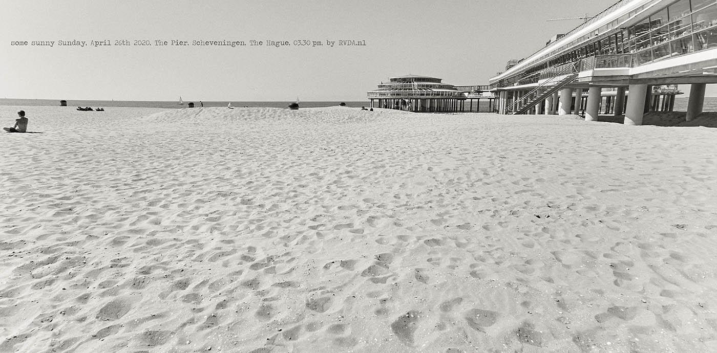 Covid-19-Corona-20-04-26-The-Hague-by-RVDA-L1018626-the-Pier-Scheveningen-txt